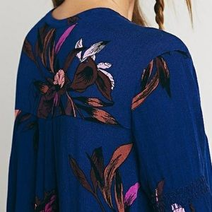 Free People Sweaters - Free people floral tunic